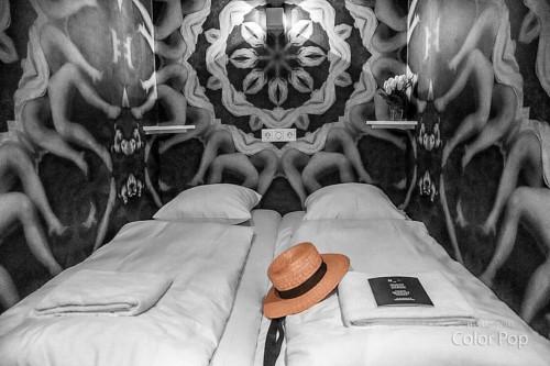 アムステルダムのホテルノットホテルのアンネみたいな隠し扉の部屋